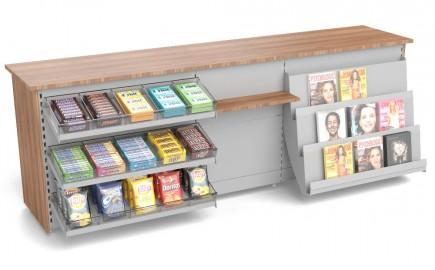 Kiosktheke mit Süßwarenvorbau and Zeitschriftenablage 2805mm