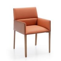 Cafe-Stuhl CHIC AIR C20HW mit Armlehnen und 4-Fuß Holzgestell