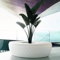 moderne Sitzinsel mit Pflanztopf VASES