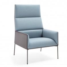 Cafe Lounge-Sessel CHIC AIR A10H mit 4-Fuß Metallgestell und Armlehnen