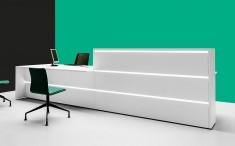 Empfangstheke Tresta mit Beratungsplatz optional mit LED-Beleuchtung