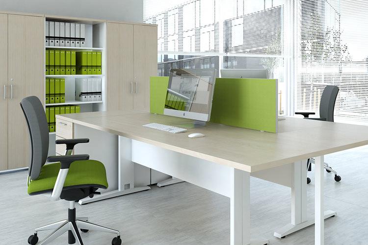 schöne Büroeinrichtung grün
