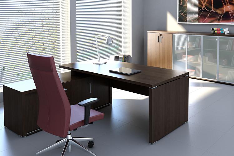 Büro Eckschreibtisch mit Lowboard