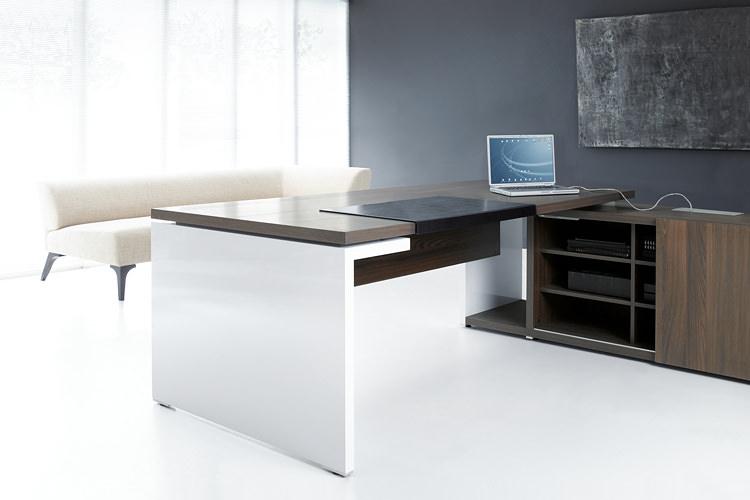 Design Büroschreibtisch
