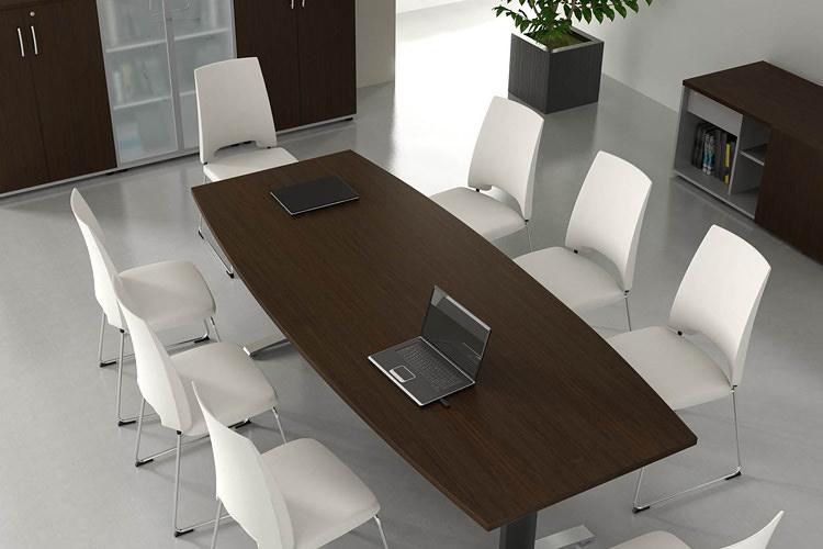 Schreibtisch für 8 Personen