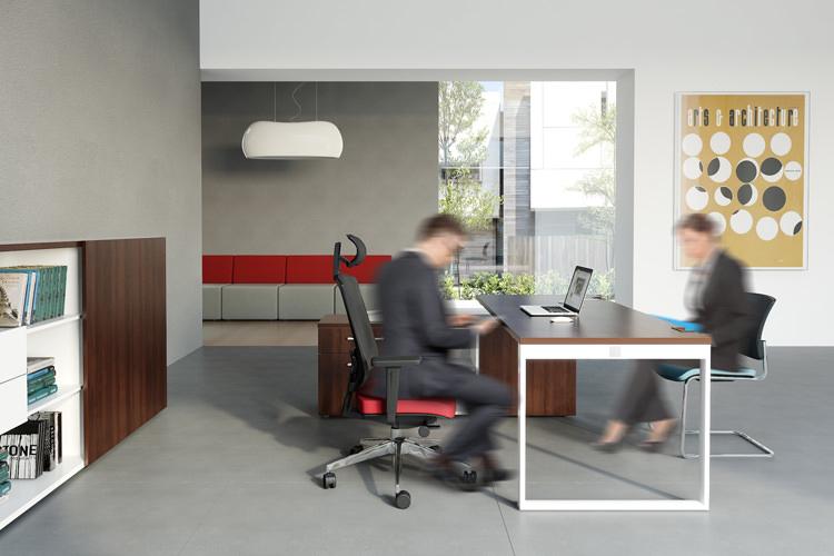 Büro Arbeitsplatz Schreibtisch mit Lowboard