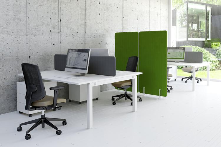 Büro Arbeitsplatz Großraumbuero