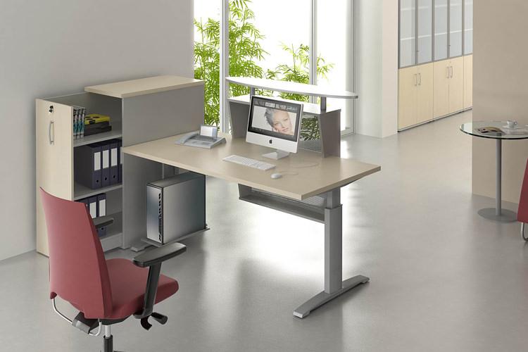 kleiner Empfangsbereich Schreibtisch